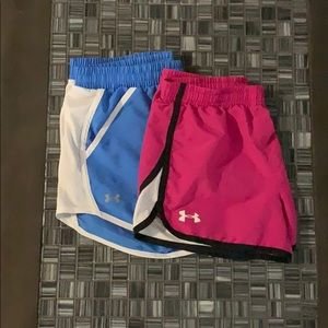 Pack of 2 underarmour shorts